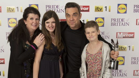 Alice with Robbie Williams