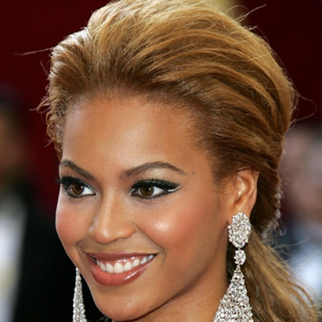 Bey with make up?