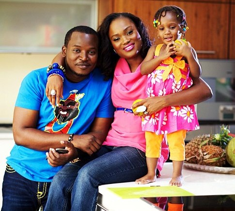 eLDee and wife Dolapo with daugther