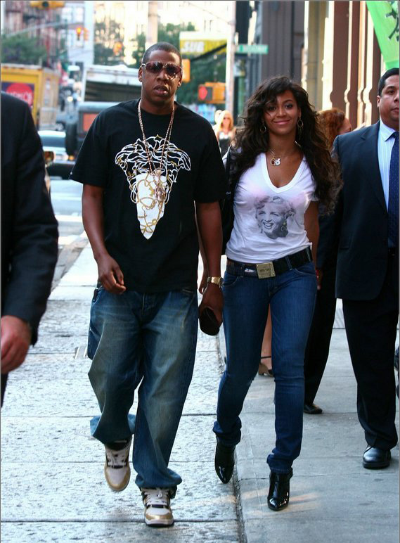 Beyonce and Jay-Z looking tap...lol