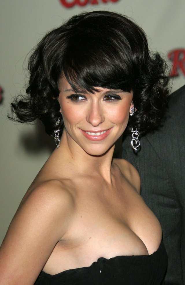 Jennifer-Love-Hewitt $5 million Boobs