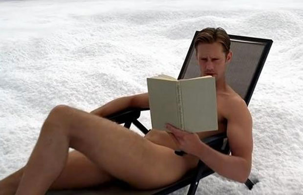 Alex naked in Snow