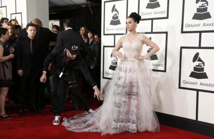 Katy Perry in Valentino Couture 1