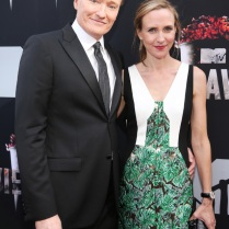 -mtv-movie-awards-2014-conan-o-brien-liza