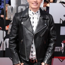mtv-movie-awards-2014-gregg-sulkin
