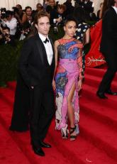 robertpattinson and fkatwigs